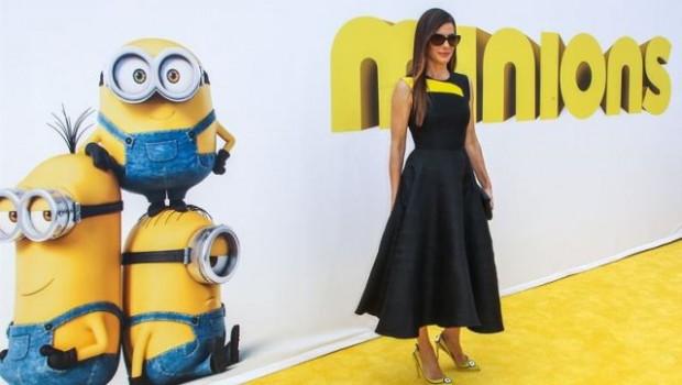Los Minions llegan a los zapatos de Sandra Bullock