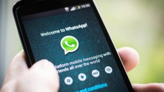 WhatsApp ya permite compartir documentos