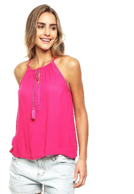 Cómo mejorar la autoestima con la ropa rosa