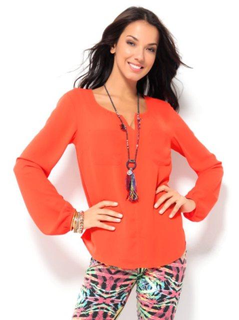 Cómo mejorar la autoestima con la ropa naranja