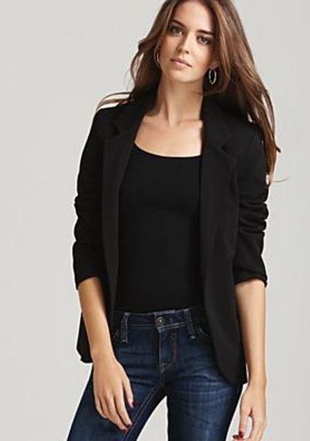 Cómo mejorar la autoestima con la ropa negro